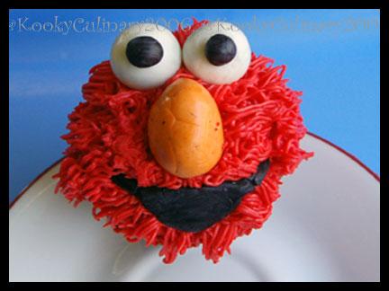 ElmoCupcake