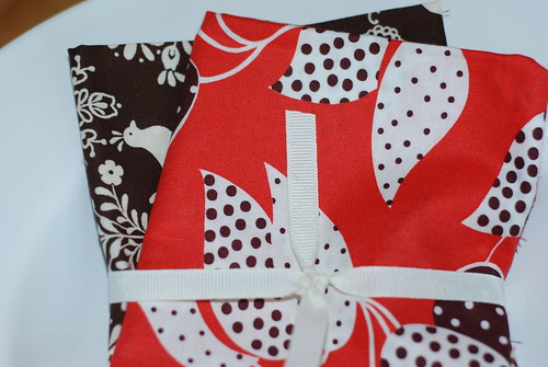 Red & Brown FQ Bundle