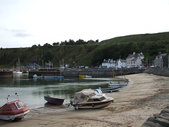 Stonehaven Harbour (Queenbie) Tags: sea boats aberdeenshire harbour stonehaven