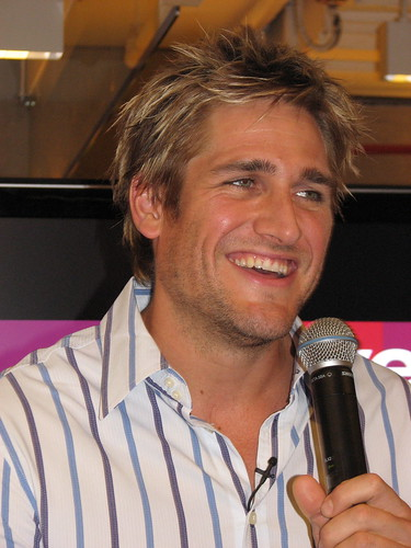 curtis stone wife. Curtis Stone