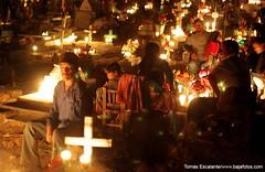 DIA DE MUERTOS EN SAN IGNACIO NAV (Tomasescalante) Tags: art sonora canon mexico flickr explorer cruz panoramica nocturna grafico tradición navojoa reportaje perdon ´diademuertos´