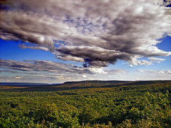 Far 'n' Away (Nicholas_T) Tags: summer sky clouds rural landscape lowlight pennsylvania plateau valley creativecommons poconos camelbackmountain paradisevalley bluemountain appalachianmountains stratocumulus monroecounty kittatinnymountain easternnorthamericanature mountpoconooverlook knobroad