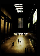 Tate Modern 1 (Tarlyn) Tags: london art architecture tourist tatemodern inspirational magical ilovethisplace frabjousday innerspaces mydayout superaplus aplusphoto spittinshells hourofthediamondlight soulsresonance icouldstayforages itwassunnyoutside aphotocontest30