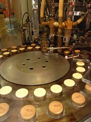 Cake make machine