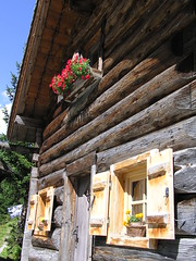 Blockhausidylle (rudi_valtiner) Tags: wood house mountains alps sterreich salzburg austria nationalpark htte haus berge hut logcabin alpen holz blockhouse blockhaus rauris hohetauern kolmsaigurn hohersonnblick