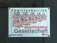 Closed Community (krismo_pompas) Tags: farmhouse pig farm pigs bauernhof simplelife westfalen schweine buldern