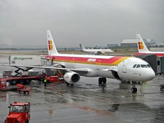 Airbus A321 - Iberia (Photo by Vagamundos)