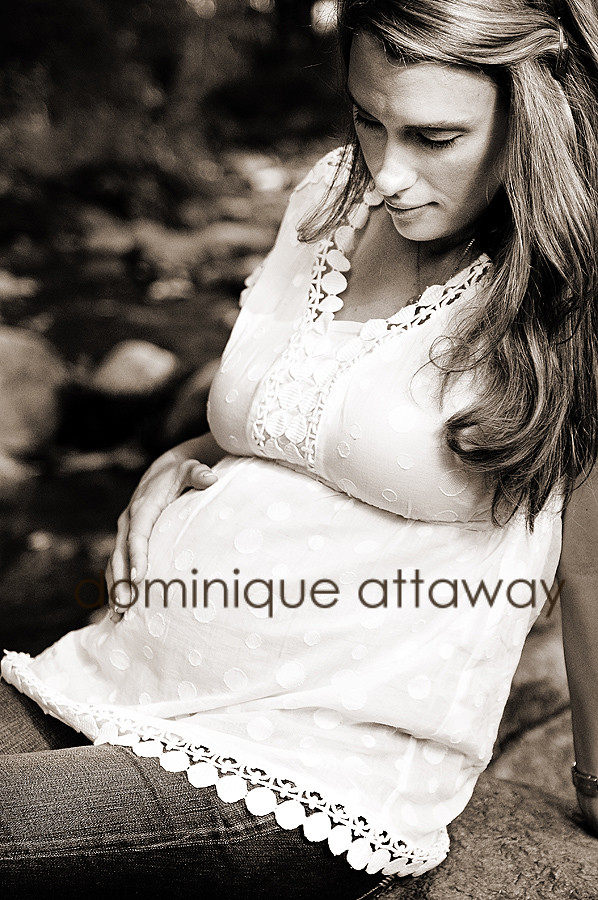 pregnancy photography chralottesville
