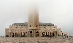 Vanishing Mosque, Casablanca (Elianto Blu) Tags: mist fog mosque morocco maroc marocco casablanca nebbia marruecos brouillard marokko moschea