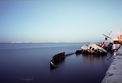 Lost (on film) (analogg) Tags: longexposure blue film portugal one boat barco ship fuji general lisboa lisbon contax g1 f22 sunken 1minute reala navio carlzeiss afundado biogon xabregas ilustrarportugal srieouro biogont2828g