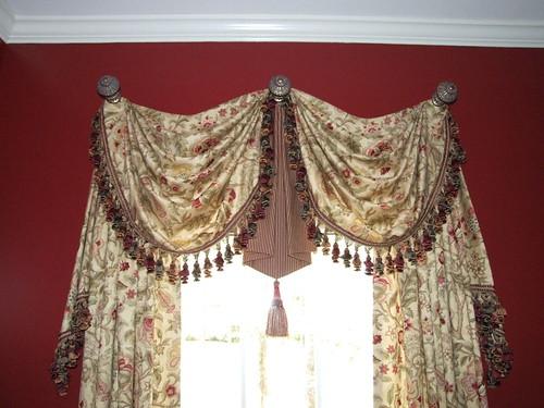melanie's dining room treatment