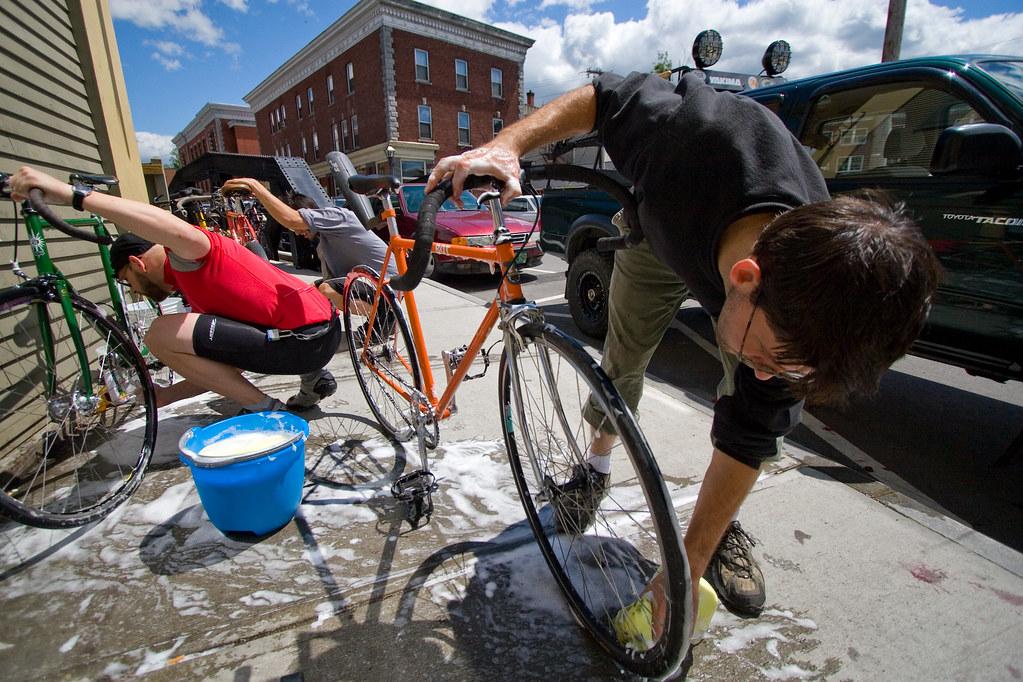 Langdon Street Geek Week - Freeride Bike Clean!