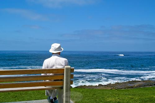 Old man by the sea, elbyincali, CC