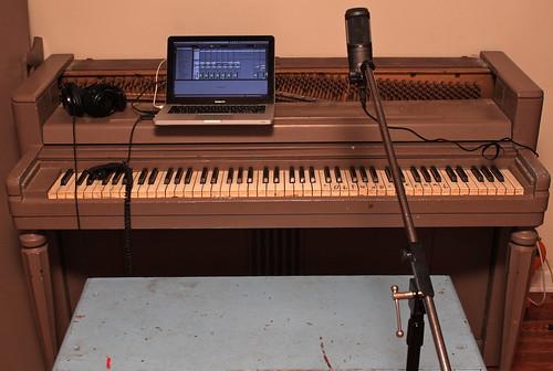 44/52: autumn piano music recording