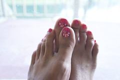 43.52 Toenails painted pink give me happys (by Janine) Tags: pink light selfportrait flower feet toes painted sixwordstory janine paintedtoes 52weeks pinktoes selfportraitchallenge