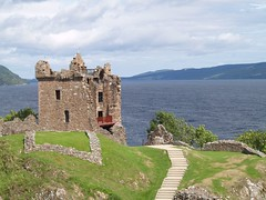 Castle Urqhuart (Loch Ness) (Scalyback) Tags: water landscape scotland loch lochness nessy cotcmostfavorited castleurqhuart ibeauty firsttheearth scalyback