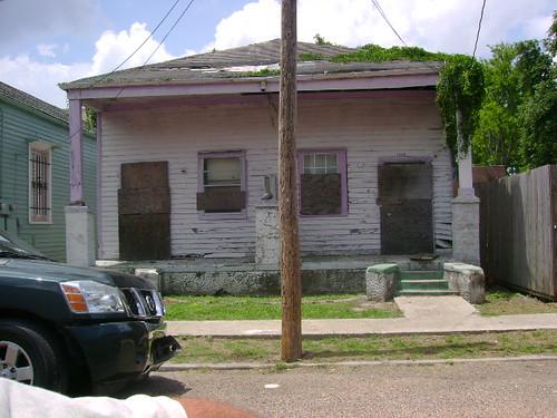 2325-27 Rousseau Street
