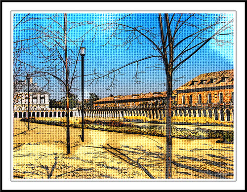 explanada de las dependencias anejas al palacio de aranjuez