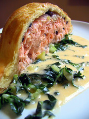 Salmon in pastry w currants & ginger