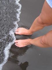 IMG_2620 (dacky2) Tags: beach blacksand hawaii waipio