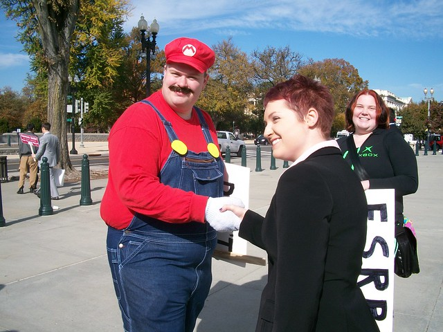 Mario thanks Usiel for her hard work defending video games.