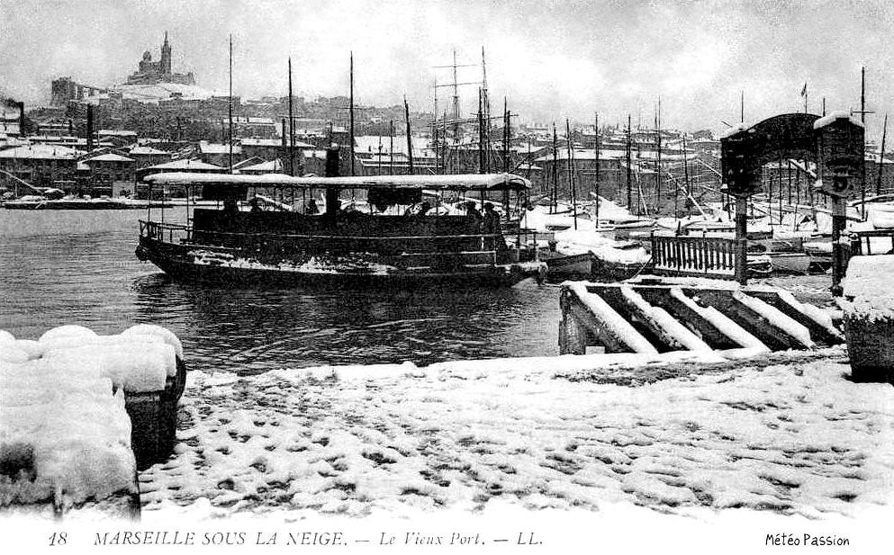 passeur et quais du Vieux Port de Marseille sous la neige le 14 janvier 1914