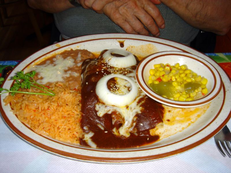 Enchiladas en Mole (chicken)