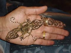 MinalAunty's hand (Hiral Henna) Tags: beautiful annarbor arabic arbor ypsilanti ann henna mehendi hina mehndi ypsi shah heena mendi mehandi hiral hiralhenna hiralshah