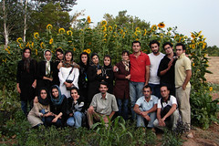 WE / Neda's Garden (Hamed Saber) Tags: flowers geotagged persian iran persia sunflowers saber gathering iranian  groupshot hamed isfahan flickrmeetup farsi            upcoming:event=235013
