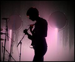 Arctic Monkeys 36 (Scottspy) Tags: uk pink rock lowlight profile arctic kansascity indie sillouette kc concertphotography uptowntheatre concertphotos 1740f4l arcticmonkeys gigphotos britrock canon30d alexturner livemusicphotos scottspy favouriteworstnightmare oldyellowbricks