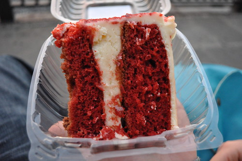 lassen and henning bakery and deli brooklyn heights - red velvet cake