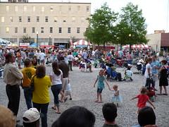Crowd at Scene Fais Do Do (onthebayou) Tags: louisiana lafayette panasonic 2007 festivalinternational festivalinternationaldelouisiane scenefaisdodo