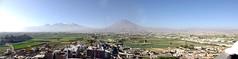 Vista de Arequipa desde el mirador de Sachaca (Patricia Lopez Cabrera) Tags: peru ciudad panoramic volcanoes arequipa mirador misti volcanes vistapanoramica chachani perfectpanoramas pichupichu sachaca