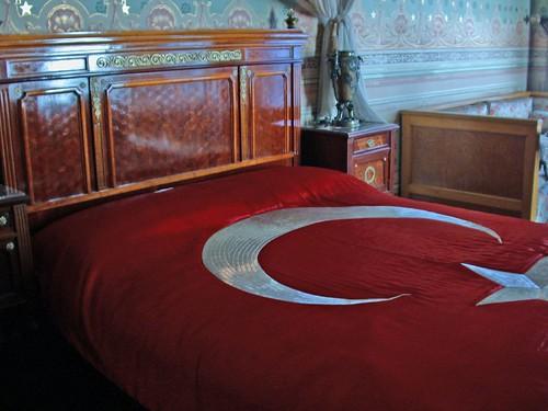 Atatürk ágya, ahol meghalt