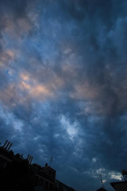 曇天のライン