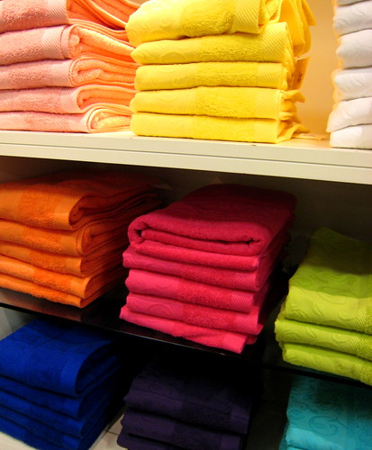 Tips & Tricks: Storing towels and linens