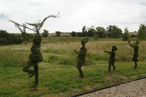 Skulpture od trave i cveća - Page 14 1278556298_8a8c7dc600