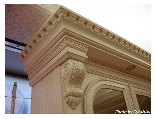 大峰家具-書櫃的線板與柱頭