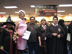 James with Prof. Umbridge, Hermione, Harry and a young witch. (07/20/2007)
