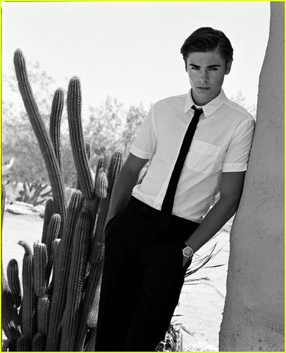 zac efron 2011 photoshoot. zac#39;s vanity fair photo shoot