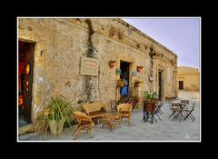 Sicilia - Marzamemi, la bottega  aperta (Lonelywolphoto / Dan Enrietti) Tags: sunset sea italy europa europe italia tramonto mare sicily borgo hdr marzamemi sicilia italians pescatori sonyalphadslr