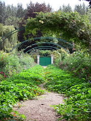 Garden Gate (jsnowy2768) Tags: gate monetsgarden