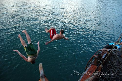ang mo 1 & 2 diving