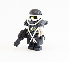Tundra Trooper (Titolian) Tags: snow trooper gun lego sub north pole zero tundra brickarms