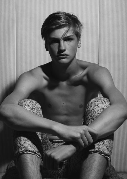 Michael Bostrom0015(mandpmodels)