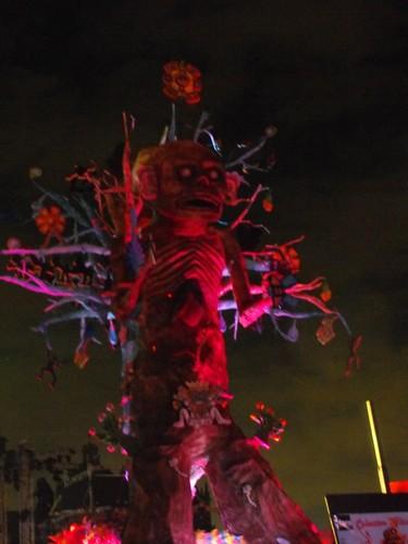 Día de muertos 2010 - Árbol de la muerte florida