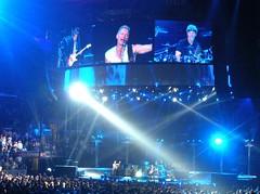 THE POLICE in Concert (Zeetz Jones) Tags: concert sting staplescenter losangelescalifornia photooftheday thepolice andysummers 20june2007 sewartcopeland pkchallenge pkchallenge17