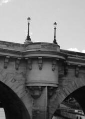 Le Pont Neuf (oxpride85) Tags: paris monuments bateauxmouches laseine