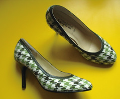 shoes (Eskimimi) Tags: green check shoes heels houndstooth