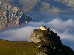 Au dessus des nuages - by quelquepartsurlaterre